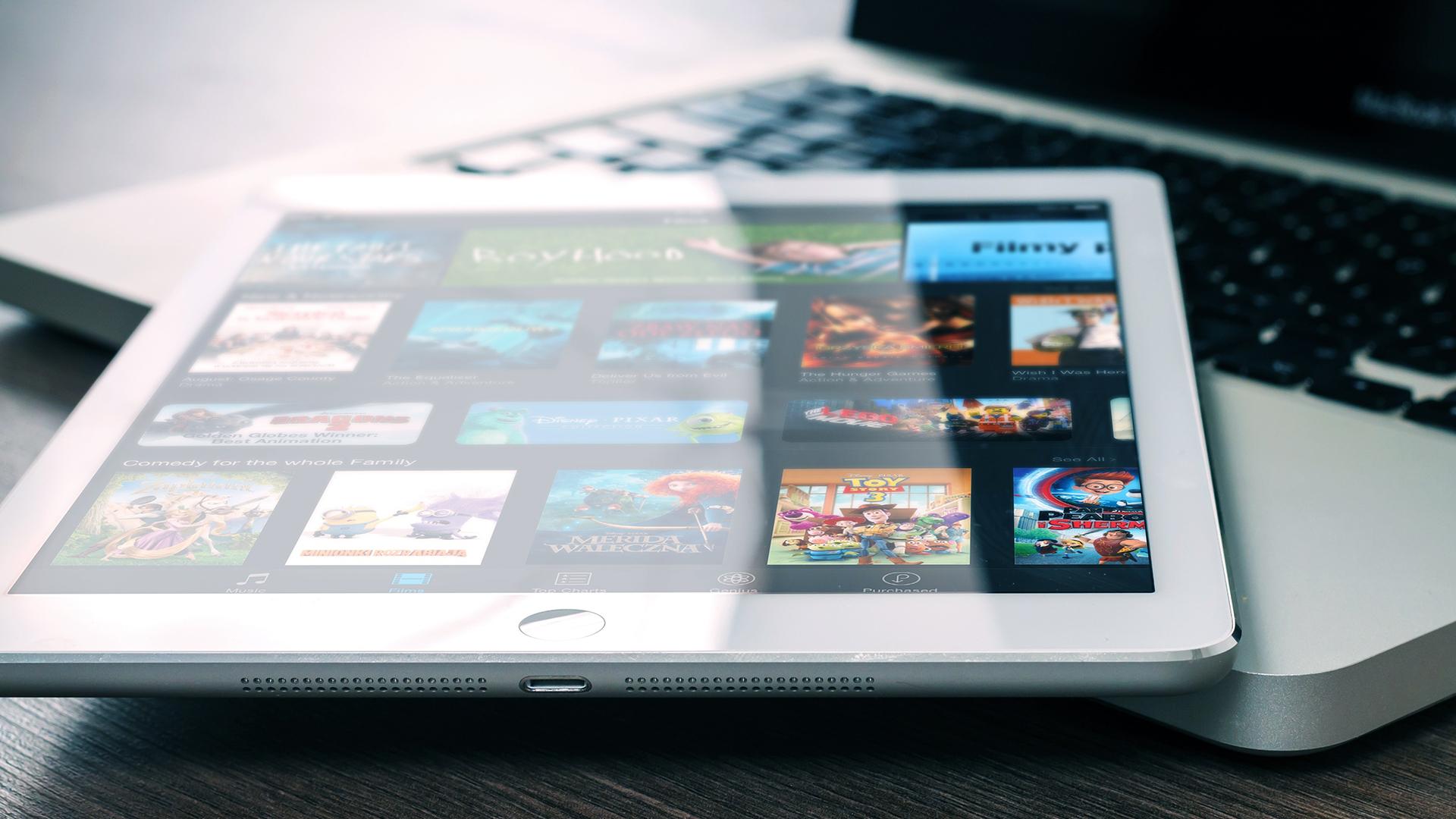 Calvin Carter Talks to 680 News About Netflix Q4 Results